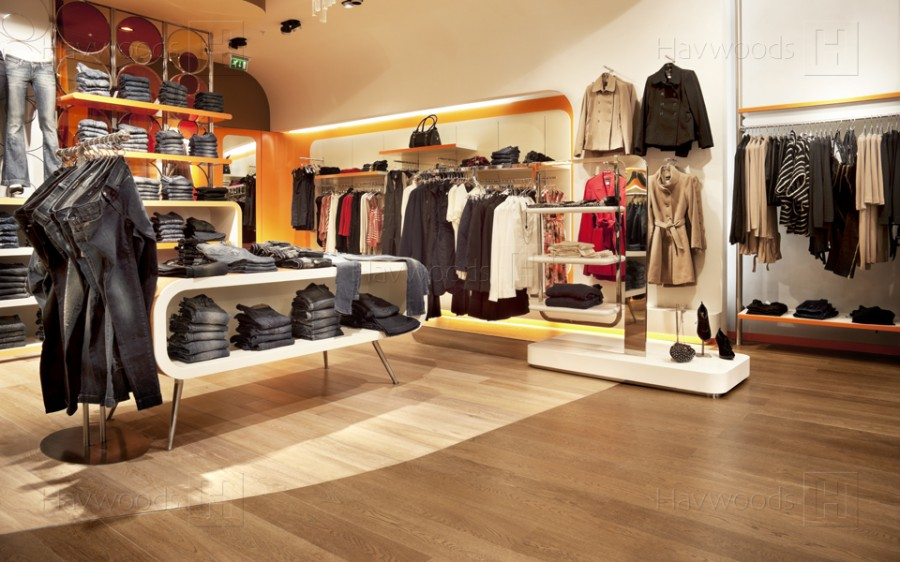 Find Best Reasons To Work In Fashion Retail
