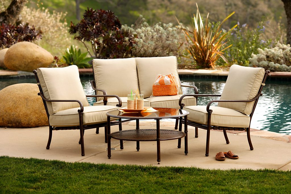 Outdoor Furniture Purchasing Guidebook